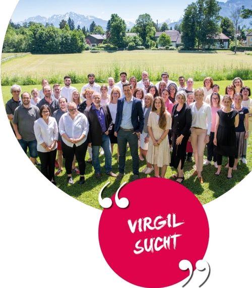 Gruppenfoto der Mitarbeiter und Mitarbeiterinnen vom Hotel St. Virgil